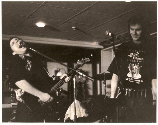 jazzandbluesfestivalchicoutimi1996withharpplayerslimsergerie